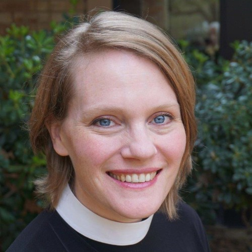 """Giving """"Thanks!"""" to Pastor Anna Gordy"""